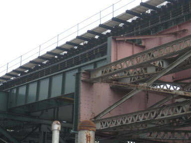 Elevated tracks at Queens Plaza, NYC - repainting begins